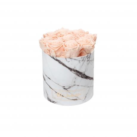MEDIUM valge marmorkarp PEACHY PINK roosidega.jpg