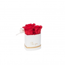 MINI HEART WHITE WITH VIBRANT RED ROSES