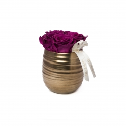 COPPER POT WITH 5 VINTAGE PLUM ROSES