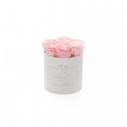 BABY GIRL - WHITE VELVET BOX WITH 7 BRIDAL PINK ROSES
