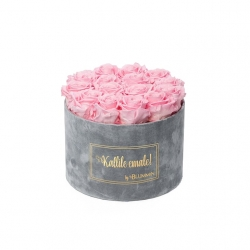 LARGE Kallile emale LIGHT GREY VELVET BOX WITH BRIDAL PINK ROSES