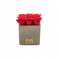 LIGHT GREY CERAMIC POT WITH 9 VIBRANT RED ROSES