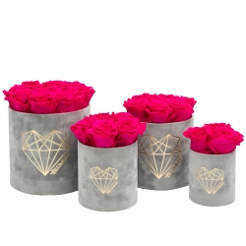LOVE LIGHT GREY VELVET BOX WITH HOT PINK ROSES