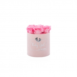 BABY GIRL - LIGHT PINK VELVET BOX WITH 7 BABY PINK ROSES