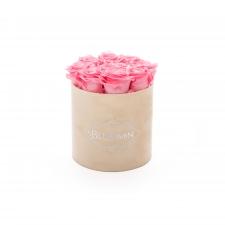 MEDIUM VELVET NUDE BOX WITH BABY PINK ROSES