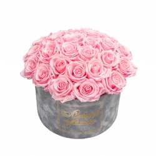 ЛЮБИМОЙ МАМОЧКЕ BOUQUET WITH 25 ROSES - LARGE LIGHT GREY VELVET BOX WITH BRIDAL PINK ROSES