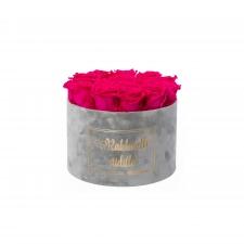 RAKKAALLE ÄIDILLE - LARGE LIGHT GREY VELVET BOX WITH HOT PINK ROSES
