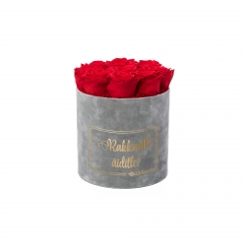 RAKKAALLE ÄIDILLE - MEDIUM LIGHT GREY VELVET BOX WITH VIBRANT RED ROSES