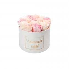 RAKKAALLE ÄIDILLE - LARGE WHITE VELVET BOX WITH MIX ROSES