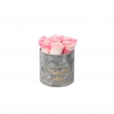 RAKKAALLE ÄIDILLE - SMALL LIGHT GREY VELVET BOX WITH LOVELY PINK ROSES