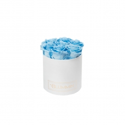 SMALL BLUMMiN WHITE BOX WITH BABY BLUE ROSES