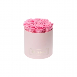 MEDIUM CLASSIC LIGHT PINK BOX WITH BABY PINK ROSES