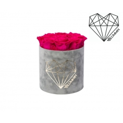 MEDIUM LOVE - LIGHT GREY VELVET BOX WITH HOT PINK ROSES