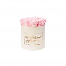 ЛЮБИМОЙ МАМОЧКЕ - MEDIUM CREAM WHITE BOX WITH BRIDAL PINK ROSES