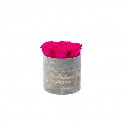 ЛЮБИМОЙ МАМОЧКЕ - SMALL LIGHT GREY VELVET BOX WITH HOT PINK ROSES