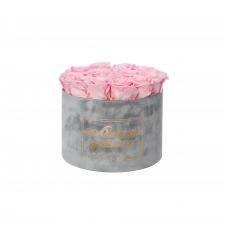ЛЮБИМОЙ МАМОЧКЕ - LARGE (17 ROSES) LIGHT GREY VELVET BOX WITH BRIDAL PINK ROSES