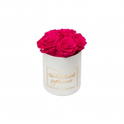 ЛЮБИМОЙ МАМОЧКЕ - MIDI WHITE VELVET BOX WITH HOT PINK ROSES