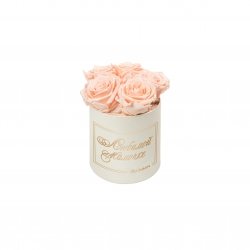 ЛЮБИМОЙ МАМОЧКЕ - MIDI CREAM WHITE BOX WITH PEACHY PINK ROSES