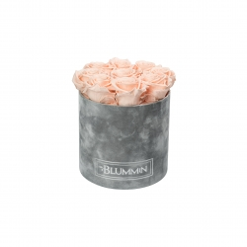 MEDIUM BLUMMiN - helehall sametkarp PEACHY PINK roosidega