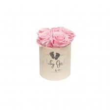 BABY GIRL - LIGHT PINK VELVET BOX WITH 5 BRIDAL PINK ROSES