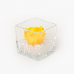 GLASS VASE WITH YELLOW ROSE AND CRYSTALS (8x8 cm)